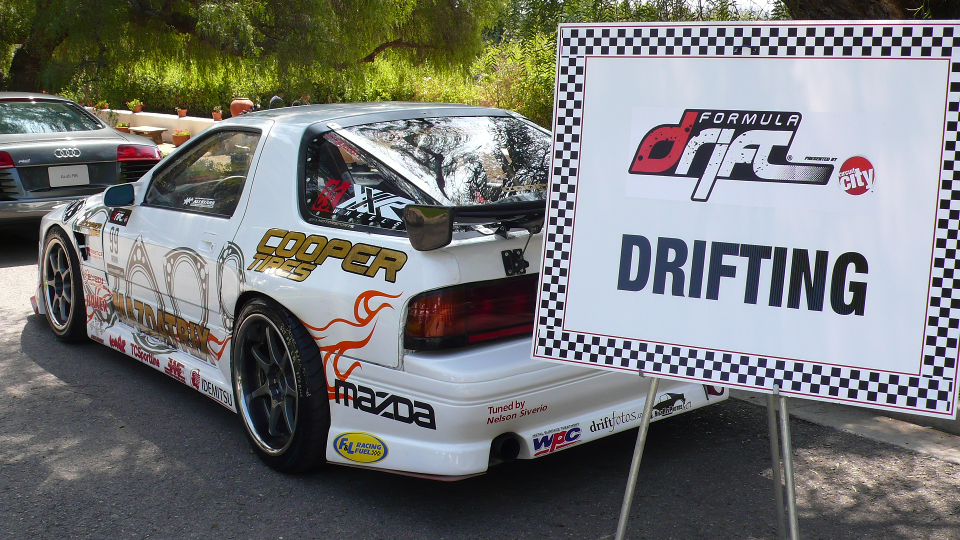 Kyle Mohan\'s RX-7 on Display